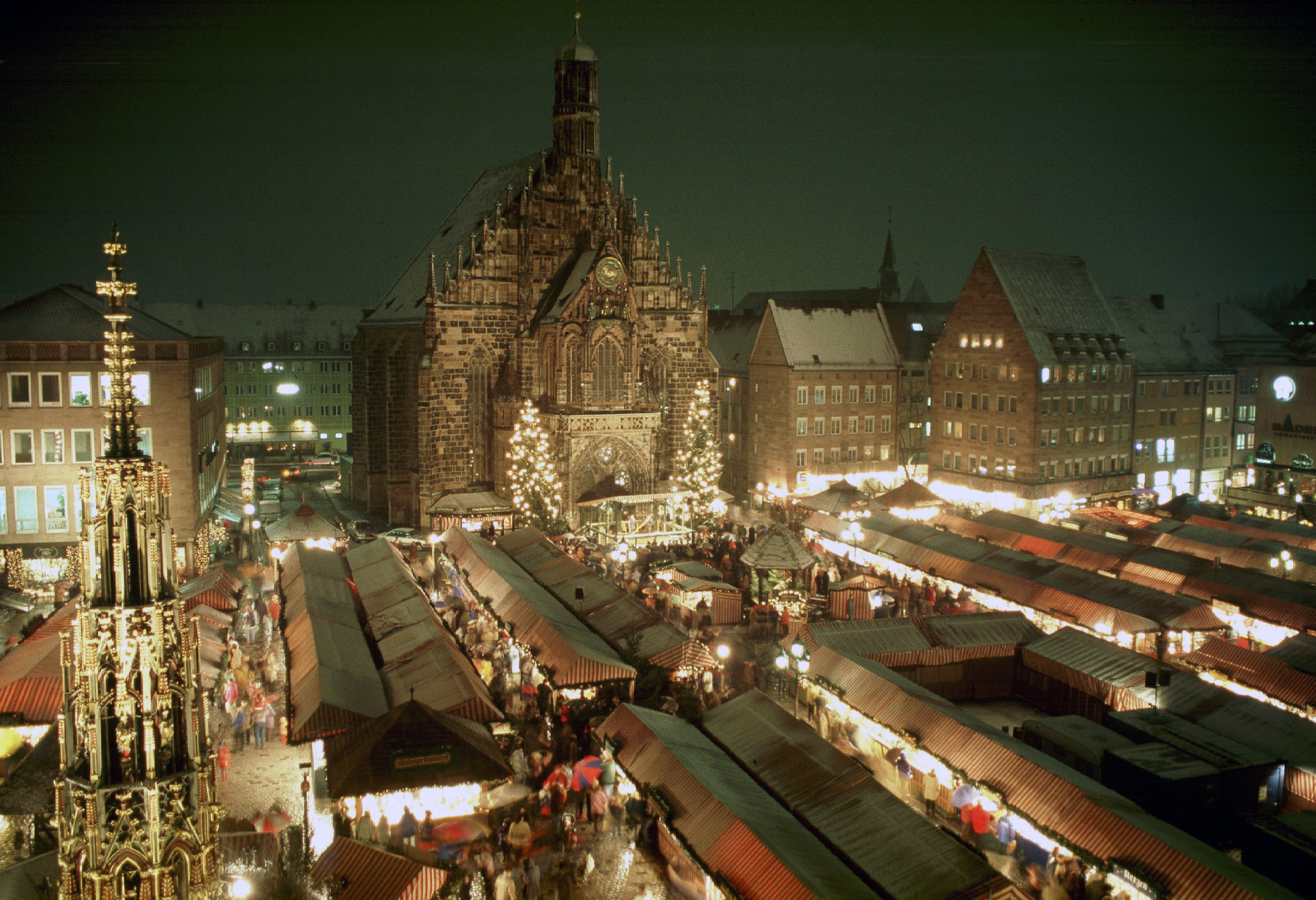 Nuremberg Christmas Market.Gareth Huw Davies Weather Set Seasonal For Nuremberg