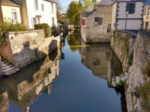 The river Aure in Bayeux. Picture by the writer.